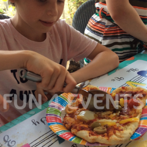 kinderfeestje thuis pizza maken